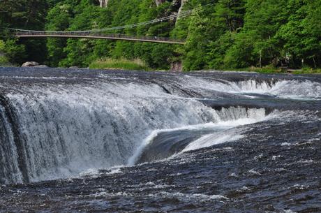 群馬県利根町吹割の滝画像
